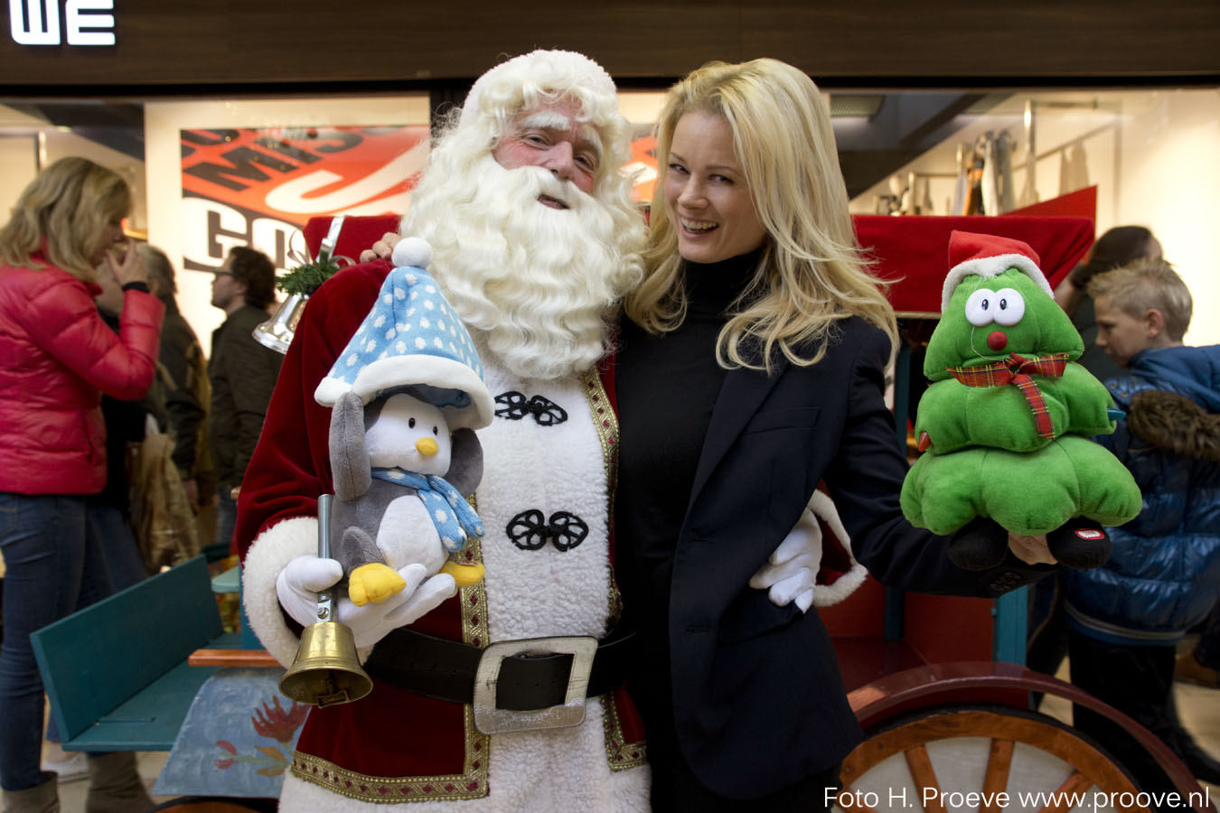 Kerstman en Monique scf